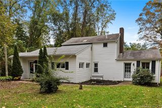 60 Davewell Rd, South Windsor, CT 06074