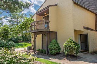 619 Hampton Ridge Dr, Akron, OH 44313