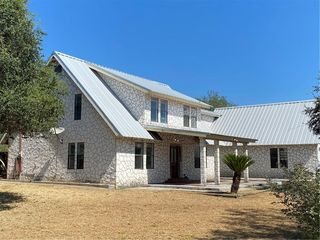 140 County Road 3072, Orange Grove, TX 78372
