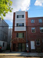1002 Green St, Philadelphia, PA 19123
