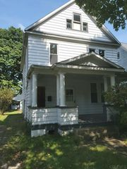 120 Venango St, Johnstown, PA 15905