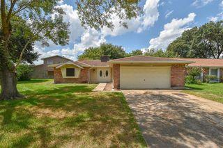 8515 Riverside Walk Ln, Houston, TX 77064