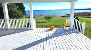 6 Navy St, Searsport, ME 04974