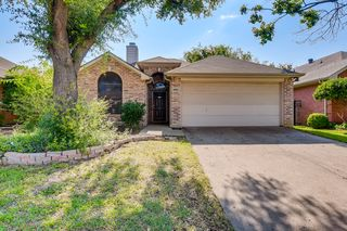 6920 Indiana Ave, Fort Worth, TX 76137