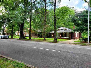 1382 S Pkwy E, Memphis, TN 38106