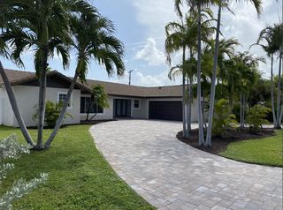 1247 Bimini Ln, West Palm Beach, FL 33404