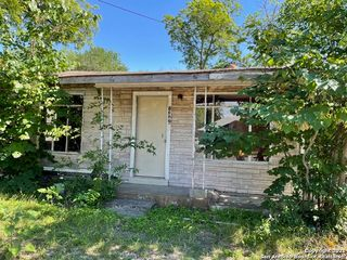 1322 W Southcross Blvd, San Antonio, TX 78211