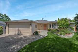 1142 Katie Ct, Mountain View, CA 94040