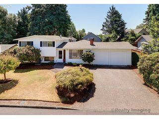 9020 SW Pinebrook St, Tigard, OR 97224