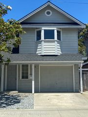 501 Windsor St, Santa Cruz, CA 95062