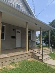 236 Lincoln Ave, Mount Gilead, OH 43338