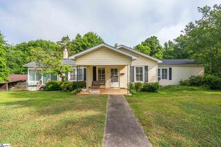 437 Meredith St, Central, SC 29630