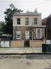 171 Beech St, Paterson, NJ 07501