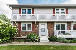 328 Georgetown Ct #C, Bloomingdale, IL 60108
