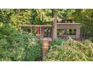 3829 SW Hillside Dr, Portland, OR 97221