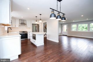 3552 Woodcrest Ave, Newtown Square, PA 19073