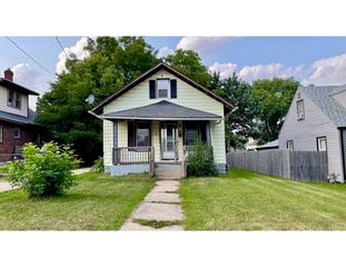 1031 Knowlton St, Rockford, IL 61102