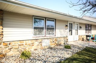408 Countryside Dr, Ossian, IN 46777
