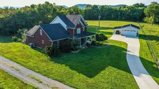2785 Howardstown Rd, Raywick, KY 40060