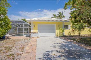 7947 Buccaneer Dr, Fort Myers Beach, FL 33931