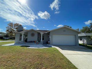 6526 Meadowbrook Ln, New Port Richey, FL 34653