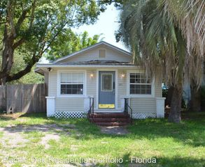 1715 Sheridan St, Jacksonville, FL 32207