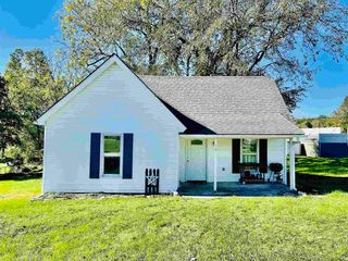 113 Indiana Ave, Oolitic, IN 47451