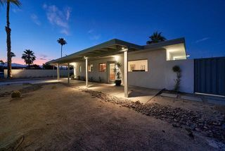900 S Paseo Caroleta, Palm Springs, CA 92264