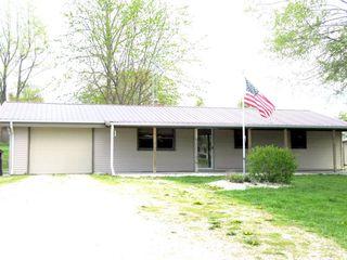 206 N State St, Griggsville, IL 62340