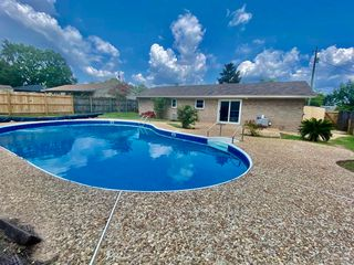 8495 Olympia Rd, Pensacola, FL 32514