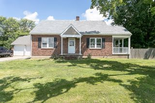 1065 E State St, Frenchtown, NJ 08825