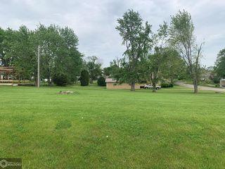 401 S County Hwy, Toledo, IA 52342