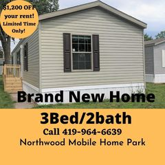 1905 Tracy Rd, Northwood, OH 43619