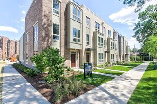 37 S Chestnut Ave #1, Arlington Heights, IL 60005