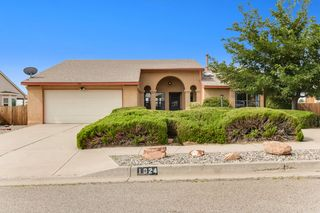 1024 Sandia Vista Rd NE, Rio Rancho, NM 87144