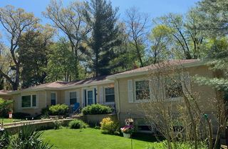 9 W Atwater Ave, Beverly Shores, IN 46301