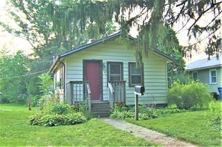827 N Ellsworth St, Naperville, IL 60563