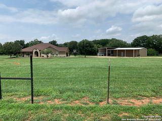 1785 Stuart Rd, Adkins, TX 78101