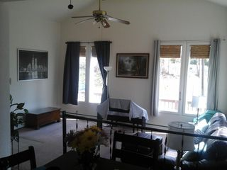 27 Hunter Rd, Gibsonia, PA 15044