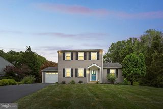 704 Marple Dr, West Chester, PA 19382
