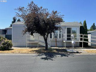 19776 SE Stark St, Portland, OR 97233