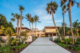 609 S Beach Rd, Jupiter, FL 33469