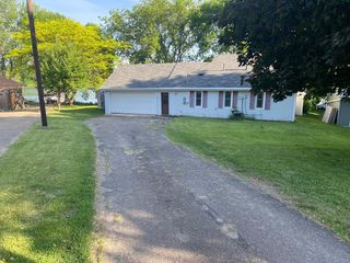6714 80th St NW, Maple Lake, MN 55358