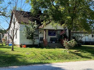 134 College Ave, Licking, MO 65542