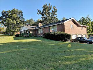 43 Green Acres Rd, Saint Louis, MO 63137