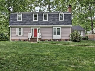 1816 Hollingsworth Dr, North Chesterfield, VA 23235