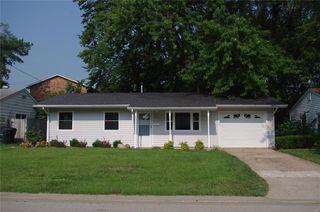 333 N 43rd St, Belleville, IL 62226