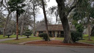 220 Wentworth Dr, West Columbia, TX 77486