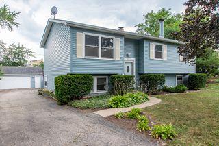 2117 Old Elm Rd, Lindenhurst, IL 60046