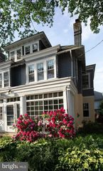 1532 Riverside Dr, Trenton, NJ 08618